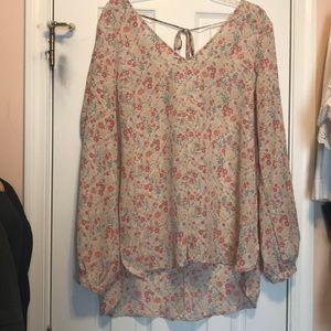 Lauren Conrad floral blouse. Size XL